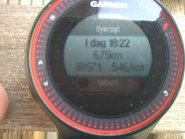 Foto af løbernes ure sakset fra FB siden. Ærlig tillidsbaseret tidtagning.
